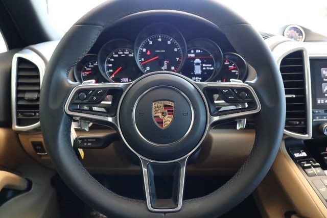 Certified Pre-Owned 2018 Porsche Cayenne Platinum Edition